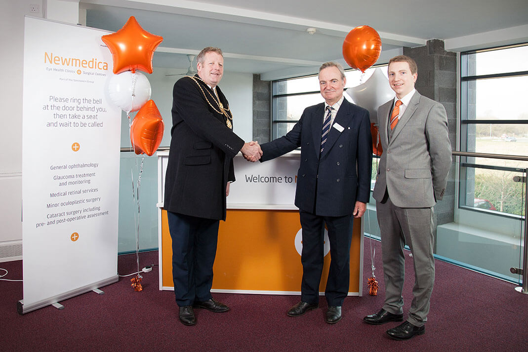 A photo of Mayor Ron Shepherd with Tim Manners and William Holroyd
